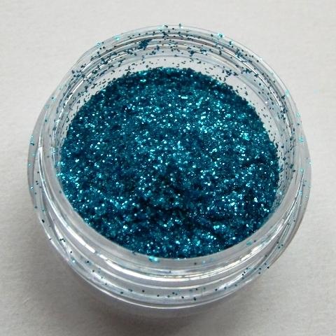 13. Közép kék