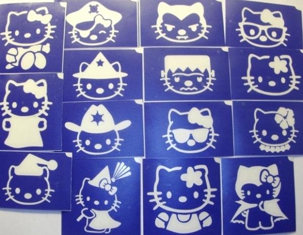 15 darabos Hello Kitty sablon készlet