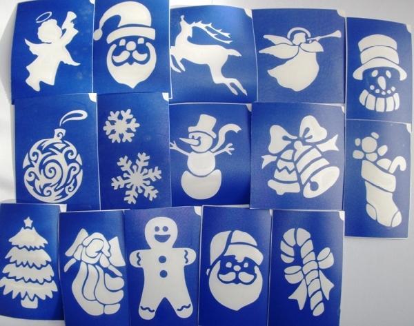 15 darabos karácsonyi sablon készlet